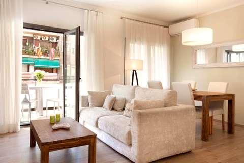 Terrace Corcega 2 barcelona apartment - living room
