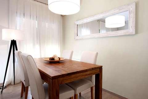 Terrace Corcega 2 barcelona apartment - dining room