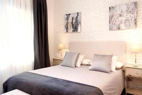 Terrace Corcega 2 barcelona apartment - bedroom